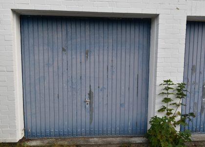 Garagentor grundieren lackieren Maler Schortens Friesland 01