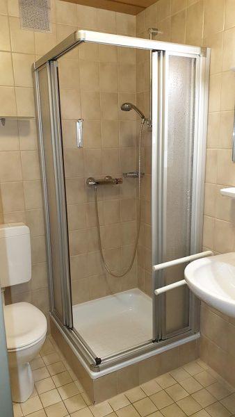 Fugenlos Spachteln Bad Badezimmer Hotel Jever 09