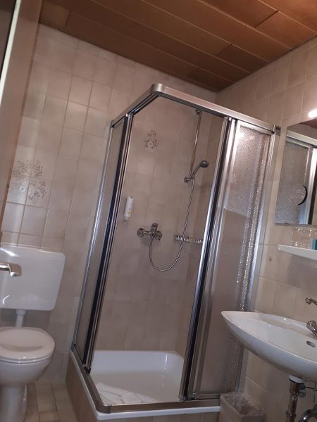 Fugenlos Spachteln Bad Badezimmer Hotel Jever 10