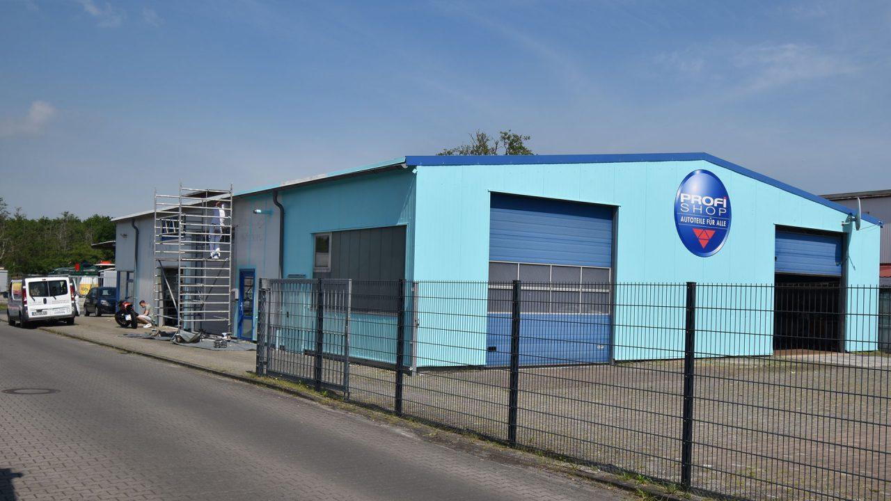 Halle Schortens Anstrich Sanierung Fassadensanierung Malerarbeiten 04